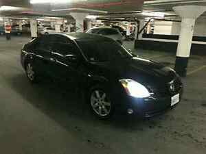 2004 Nissan Maxima SL  Black On Black Great Condition