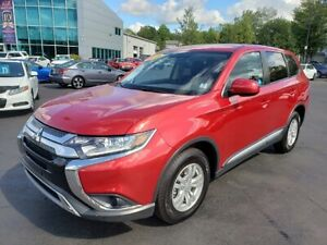 2019 Mitsubishi Outlander ES / Heated Seats / AWD