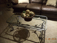 """""""GREAT CHRISTMAS GIFT""""  COFFEE TABLE AND MATCHING END TABLES"""