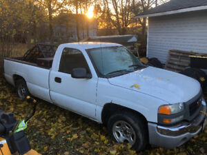 2004 GMC Sierra 1500 for parts or repair