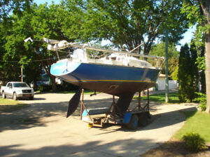 1971 C+C 28ft Viking (Cruiser Racer)Sailboat
