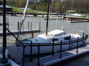 *Reduced* 22ft swing keel sailboat