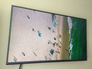 LG - UHDTVLG 55UH6150 55-Inch 4K Ultra HD Smart LED TV (MOVING)