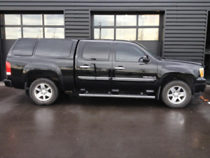 "2009 GMC Sierra 1500 Denali ""Luxury Edition"""