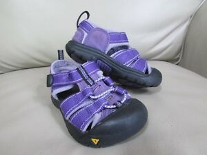 LOOKING FOR: Toddler Keens Size 7