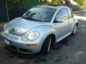 2010 Volkswagon New Beetle Mint condition Want it Sold
