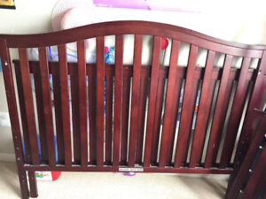 Baby crib, seally mattres, graco stroller and walker