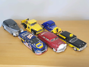 NAPA Die Cast Collectible Banks