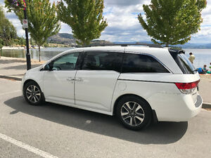 2015 Honda Odyssey Touring Elite LOW Kms, DVD, NAVI, BLIND SPOT