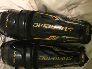 Shin guards mx3 14 inch . Good to moderate condition. Other item