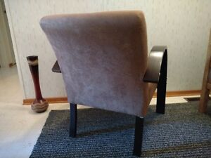Side/Accent chair Strathcona County Edmonton Area image 3