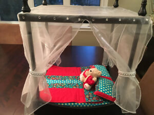 doll bed ... LAST ONE!