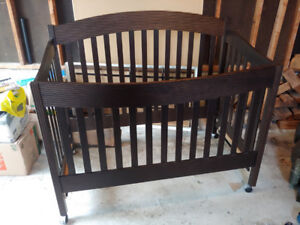 Organic Crib made in Quebec