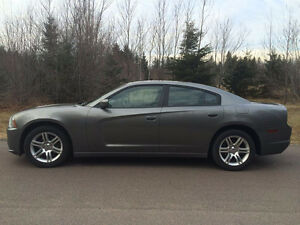 Dodge Charger - 2011 Excellent Condition