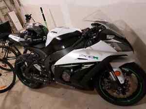 Kawasaki ZX10-R