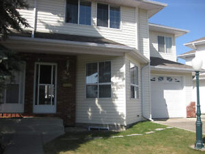 Community Maintained Duplex With Basement & Garage - Millwoods