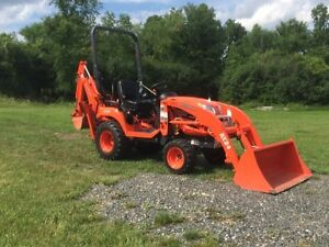 LOOKING FOR COMPACT TRACTOR