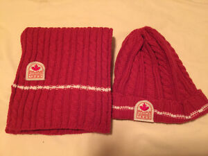 PAJAR CANADA GIFT SET BEANIE HAT AND SCARF RED
