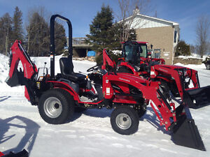 Mahindra Emax 22HST tractor/loader/bkhoe