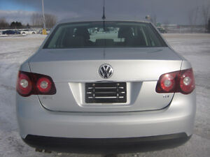 """2009 Volkswagen Jetta """"TDI""""-ONE OWNER-NEW TIRES-ONLY 97,000 KM!"""