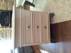 End table with drawers London Ontario image 1