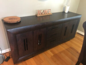 Dining server from Old Hide House in Acton
