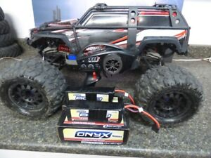 Traxxas Summit 1/10 RC Truck - Includes 8000 mAh Lipo Batteries