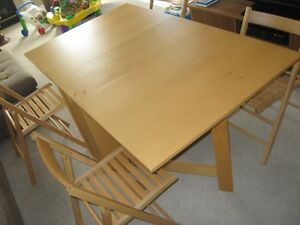 Foldable Dining Table with 4 chairs