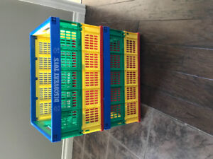 Stackable collapsible crates
