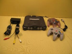 Nintendo 64 Console w 2 controller with box