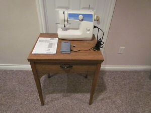Brother Ls-2125 sewing machine and fold out table