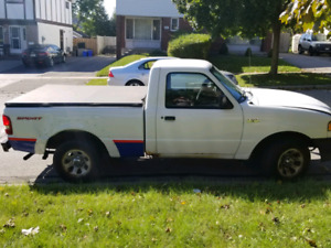 $1000 or best offer  02 Mazda b3000  V6 Pickup