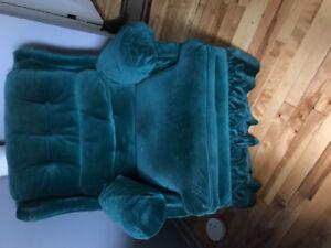 Ensemble de meuble divans + canapé a vendre.