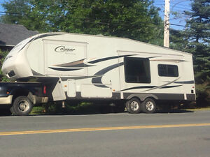 Cougar High Country 5th Wheel Camper