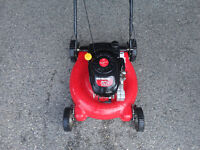 "Yard Machines 21"" rear bag lawn mower Excellent Condition"