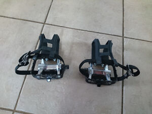 Bike Pedals with Toe Clips