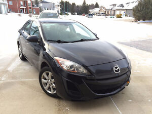 2011 Mazda 3 GS i Touring LOW KM's New Tires! Very Clean!