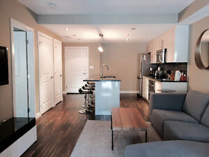 UPSCALE FURNISHED ONE BEDROOM CONDO IN KENSINGTON