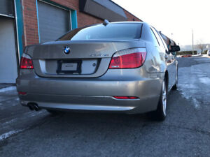 BMW 535xi 2008 - Premium,  cold weather & Technology packages