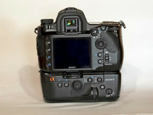 Sony A900 Full Frame 25MP Camera and Sony Vertical Grip