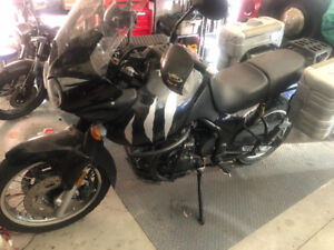 2002 Triumph Tiger 995i with hepco and Becker hard case side bag