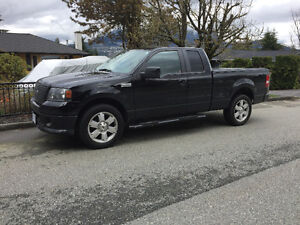 2007 Ford F150 Supercab - Low Km Amazing Condition
