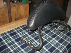 GL1800 Gold Wing driver's backrest - dirt cheap!!!!
