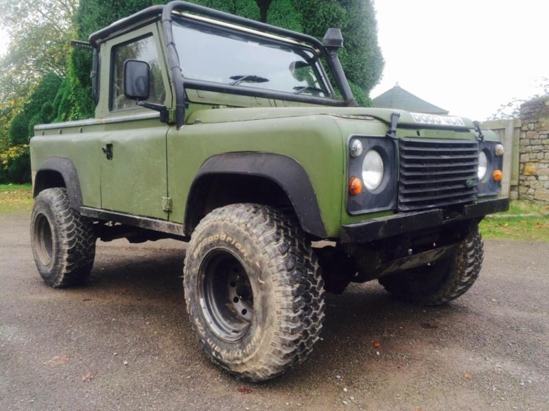 Land Rover 90 Defender 200tdi Off Roader Off Road Roll