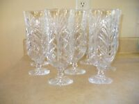 8 crystal glasses and 13 wine glasses