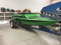 Outlaw Jet Sprint Boat