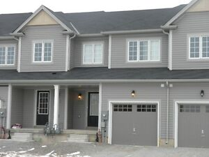 Townhouse for rent in West Brantford / Wyndfield