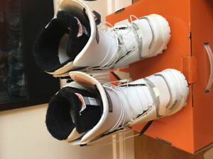 Snowboard shoes 5.5
