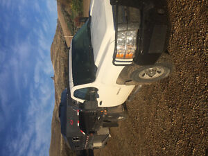 2009 GMC Duramax with Bale Deck