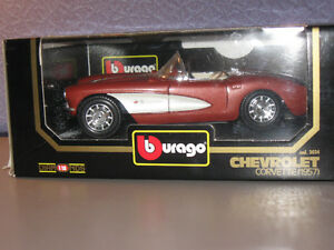 Bburago 1:18 Scale Diecast Car 1957 Chevrolet Corvette